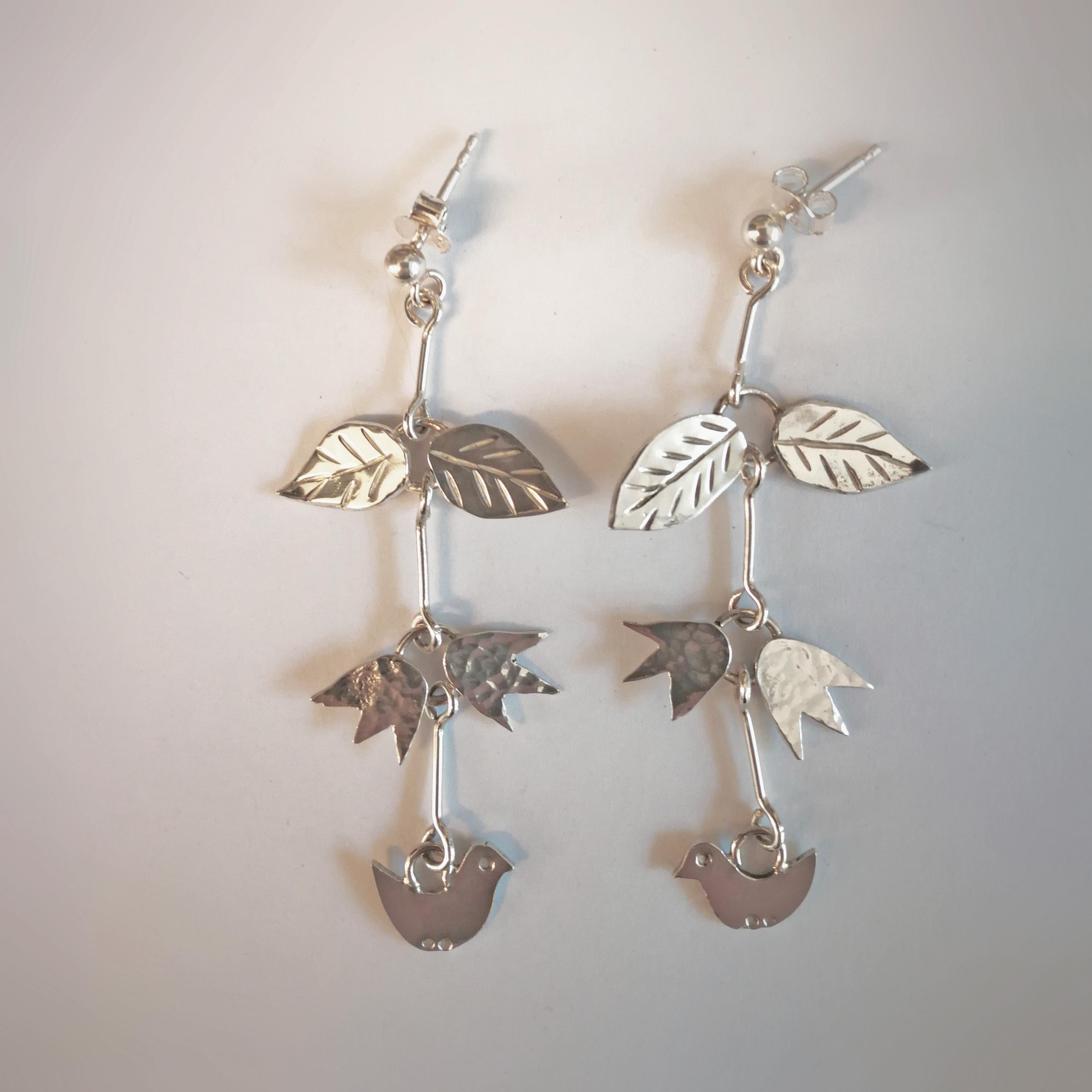 örhängen med fåglar blommor och blad, örhängen i sterling silver