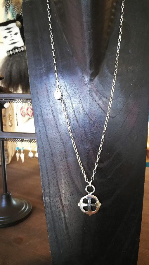 medeltida kors silver kedja